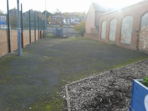 Health for All proposes to turn the diaplidated space next to Holbeck Youth and Community Centre into a community garden.  Picture source:  http://www.southleedslife.com/wp-content/uploads/2014/03/Holbeck-1.jpg