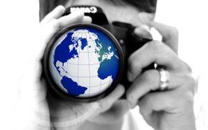 news-logo-globe-woman-246237_960_720