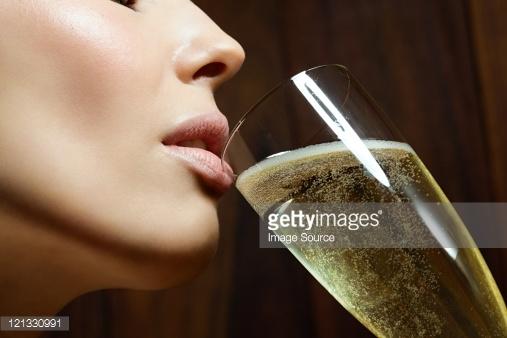 women-alcohol